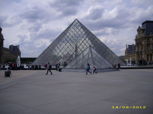4-Paris7e455bb5f63b8b91.jpg